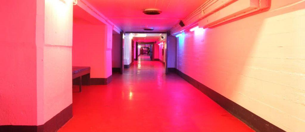 Wat is een betonlook vloercoating?